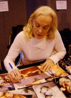 "Shirley Eaton "" Goldfinger "" Signing for Writestuff Autographs of Lancaster."