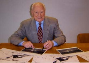 Sir Tom Finney Signing for Writestuff Autographs of Lancaster.