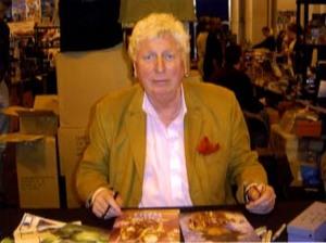 "Tom Baker "" Doctor Who "" Signing for Writestuff Autographs of Lancaster."