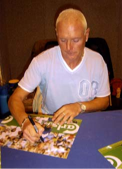 Paul Gascoigne Signing for Writestuff Autographs of Lancaster