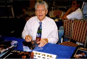 "Dave Prowse "" Darth Vader "" Signing for Writestuff Autographs of Lancaster."
