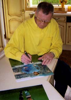 "Colin Bell "" Manchester City F.C "" Signing for Writestuff Autographs of Lancaster"