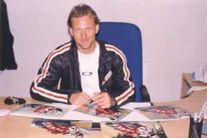 "Carl Fogarty signing for Ken Mills "" Writestuff Autographs """