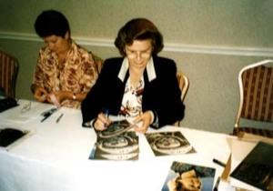Valentina Tereschkova Signing for Ken Mills of Writestuff Autographs, Lancaster